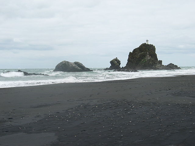 Whatipu beach, New Zealand