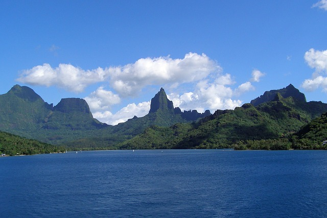 moorea-islands for honeymooners