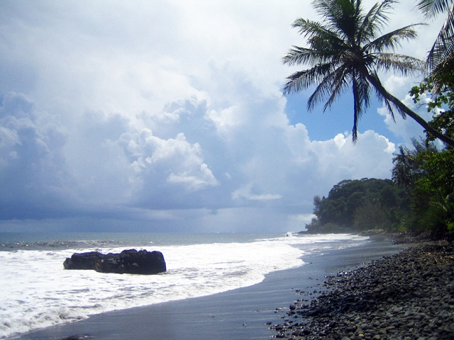 Papenoo black sand beaches