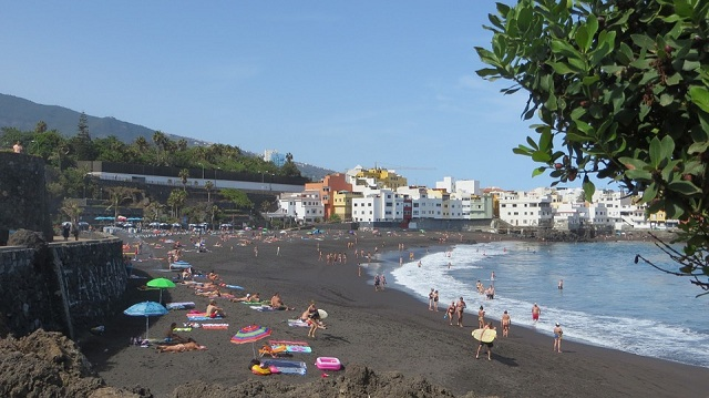 Playa Jardin black sand beaches