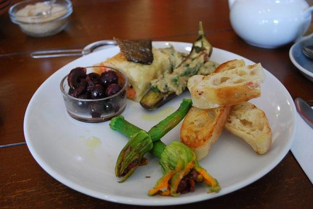 Food and Drinks of Capri islands Stuffed zucchini flowers
