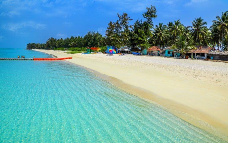 Travel guide to Kadmat Island