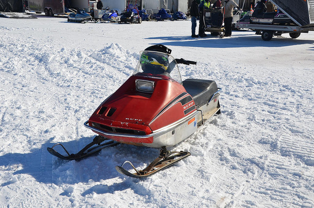 Rupp snow machine