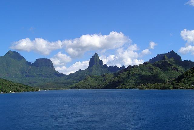 moorea-islands for honeymooners
