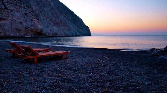 Perissa black sand beaches