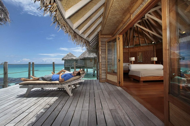 Tikehau beach resort