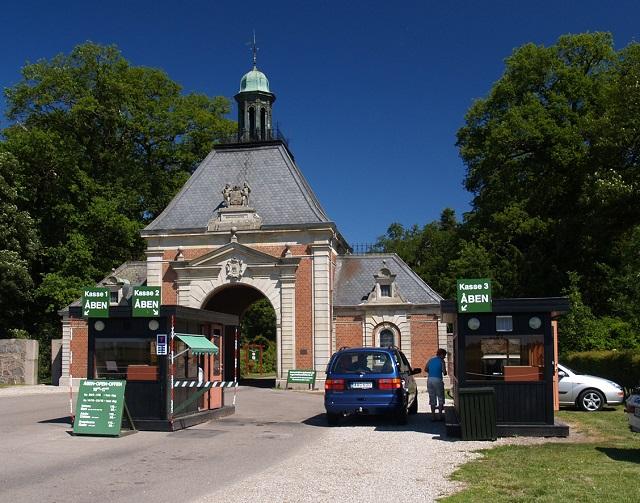 Knuthenborg Safari Park